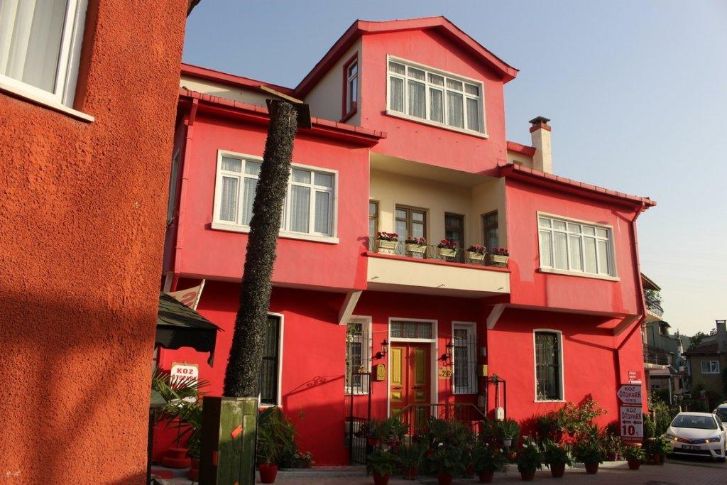 Renkli Boyalı Evler