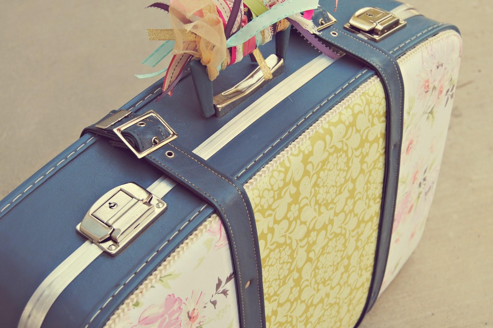 Kurdeleli Bavul