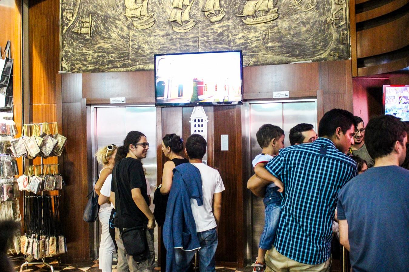 Galata Kulesi - Asansör