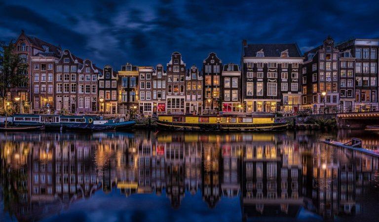 Amsterdam | Özgürlükler Şehrinde Gezilecek Yerler ve Gece Hayatı