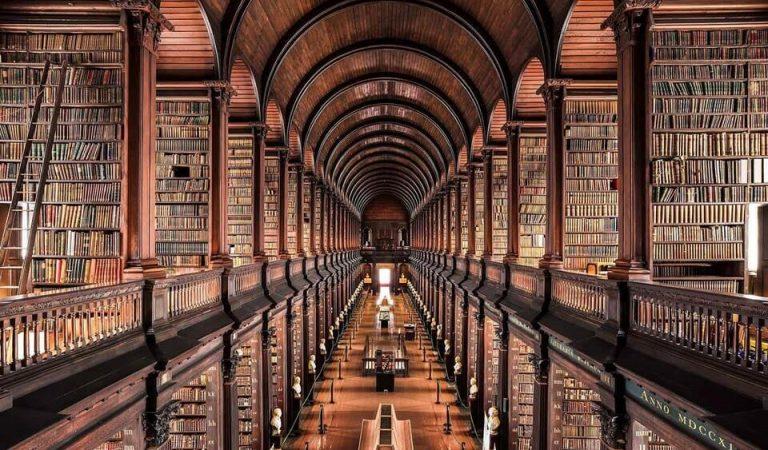 Seyahat Sever Kitap Kurtları için En Muhteşem 10 Kütüphane